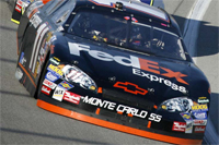 NASCAR: Denny Hamlin wins the Lenox Industrial Tools 300