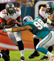 Miami Dolphins vs. Tampa Bay Buccaneers: Line and point spread
