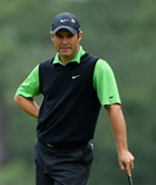 Masters: Trevor Immelman holds the lead, Tiger Woods six behind