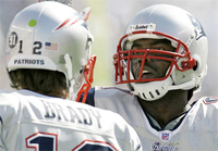 Patriots - Giants: Tom Brady and Randy Moss undefeated